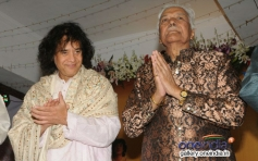 Usatad Zakir Hussain with Ustad Ghulam Mustafa Khan at the 14th Vasantotsav
