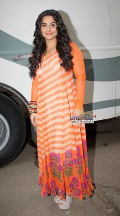 Vidya Balan snapped on the sets of Bade Achhe Lagte Hain