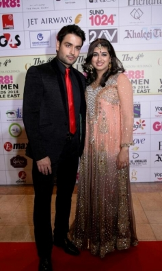 Vivian Dsena and Vahbbiz Dorabjee at GR8 Women Awards 2014 redcarpet