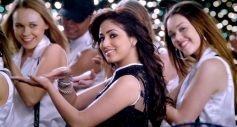 Yami Gautam still from Total Siyapaa