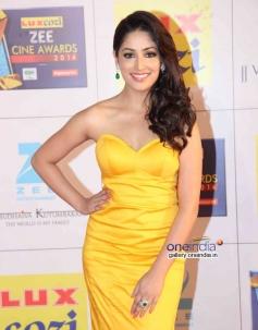 Yami Gautam at Zee Cine Awards 2014