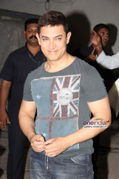Aamir Khan 49th birthday bash with press people