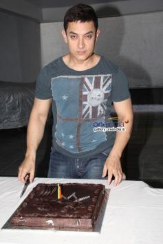 Aamir Khan's 49th birthday bash