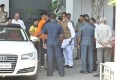 Abhishek Bachchan and Amitabh Bachchan return from Holi celebration