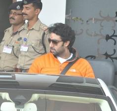 Abhishek Bachchan return from Holi celebration