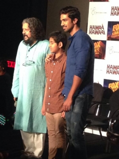 Amole Gupte, Partho Gupte and Saqib Saleem at Hawaa Hawaai film trailer launch
