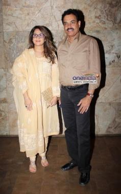 Dilip Vengsarkar with his wife Manali Vengsarkar at Club 60 film special screening