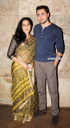 Imran Khan along with his mother Nuzhat Khan at Club 60 film special screening