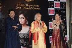 Celebs at launch of Shreya Ghoshal's Humnasheen ghazal album