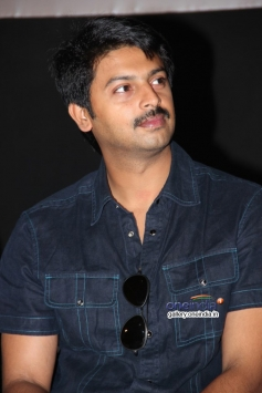 Srikanth at Naan Sigappu Manithan audio launch