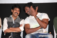 Bala and Vishal at Naan Sigappu Manithan audio launch