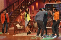 Dishkiyaoon promotion on the sets of Comedy Nights with Kapil
