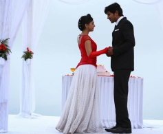 Dulquer Salman and Nazriya Nazim in Samsaaram Aarogyathinu Haanikaram