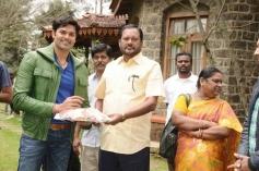Ganesh Venkatraman's birthday at the sets of Achharam