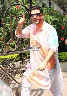 Goldie Behl at Sanjay Gupta's Holi celebration