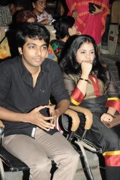 GV Prakash Kumar with wife Saindhavi at Soulmates Awards 2014
