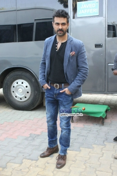 Harman Baweja during the promotion of film Dishkiyaoon on the sets of Boogie Woogie