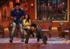 Harman Baweja and Shilpa Shetty on the sets of Comedy Nights with Kapil