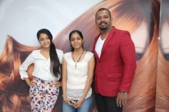 Janani Iyer at Essensuals Salon launch