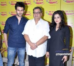 Kaanchi film starcast on Radio Mirchi Mumbai