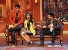 Kapil Sharma with Harman Baweja and Shilpa Shetty on the sets of Comedy Nights with Kapil