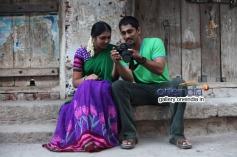 Lakshmi Menon and Siddharth still from Jigarthanda