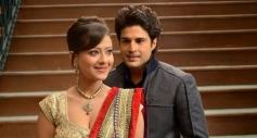 Madalasa Sharma and Rajeev Khandelwal still from Samrat And Co