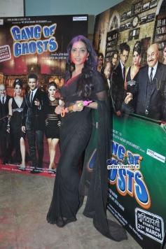 Mahie Gill celebrates Holi at Mehboob Studio