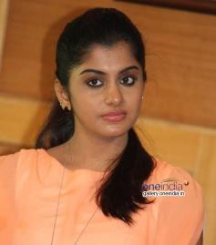 Meera Nandan at Karodpathi Movie Press Meet