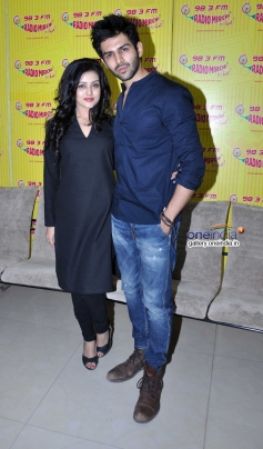 Mishti and Kartik Aryan during the promotion of film Kaanchi on Radio Mirchi