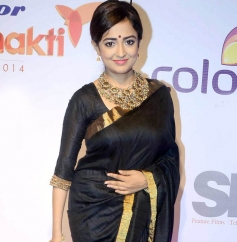 Monali Thakur at Stree Shakti Women Awards 2014