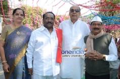 Paruchuri Gopalakrishna, D. Ramanaidu, M. S. Narayana at Krejiwala Movie Opening