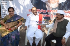 Paruchuri Gopalakrishna, M. S. Narayana at Krejiwala Movie Opening