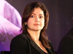 Pooja Bhatt - Aarmir Khan - Bollywood Stars Who went Behind Lens