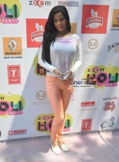 Poonam Pandey at Zoom Holi Party 2014