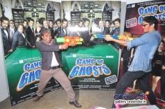 Rajpal Yadav celebrates Holi at Mehboob Studio