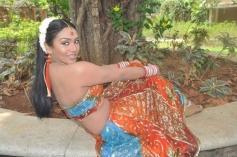 Sadhikkalam Thozha Movie Actress Stills