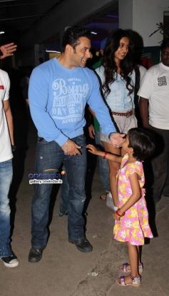 Salman Khan and Sarah Jane Dias at O Teri film special screening