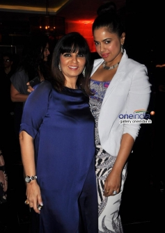 Sameera Reddy at Neeta Lulla's 50th birthday bash