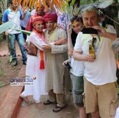 Shabana Azmi and Javed Akhtar celebrates Holi 2014 at their Juhu residence