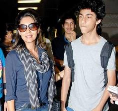 Shahrukh Khan Son Aryan with his Mother Gauri Khan