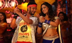 Sharman Joshi and Mahie Gill still from Gang of Ghosts
