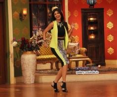 Shilpa Shetty promote Dishkiyaoon on the sets of Comedy Nights with Kapil