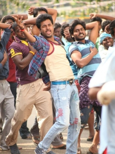 Siva Karthikeyan still from Maan Karate