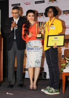 Soha Ali Khan Announces Winner of Classmate SpellBee 2014