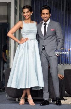 Sonam Kapoor and Ayushmann Khurrana at promotion of film Bewakoofiyaan