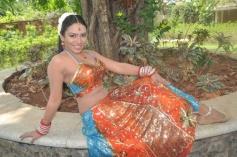 Stills from Sadhikkalam Thozha Movie
