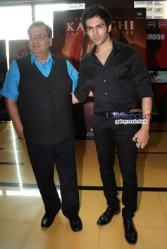 Subhash Ghai and Kartik Tiwari at trailer launch of film Kaanchi