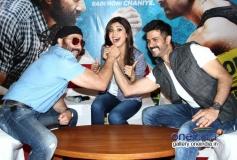 Sunny Deol and Harman Baweja with Shilpa Shetty at media interaction of film Dishkiyaoon