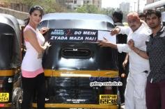 Sunny Leone flags off Ragini MMS 2 branded Auto Rickshaws